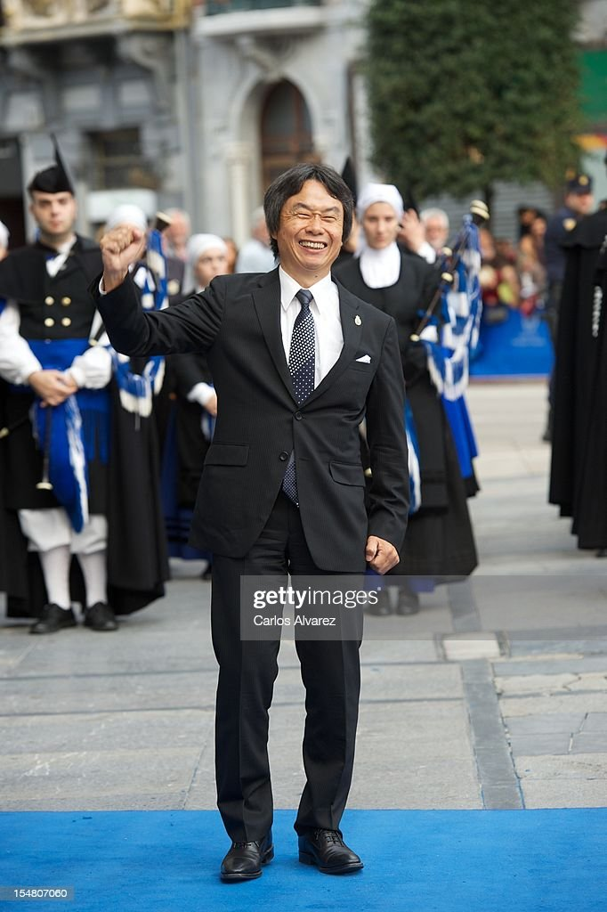 <a gi-track='captionPersonalityLinkClicked' href=/galleries/search?phrase=Shigeru+Miyamoto&family=editorial&specificpeople=2608501 ng-click='$event.stopPropagation()'>Shigeru Miyamoto</a> attends the Prince of Asturias Awards 2012 ceremony at the Campoamor Theater on October 26, 2012 in Oviedo, Spain.