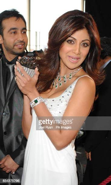 Shilpa Shetty arrives at the Zee Cine Awards 2008 ExCel Docklands in east London