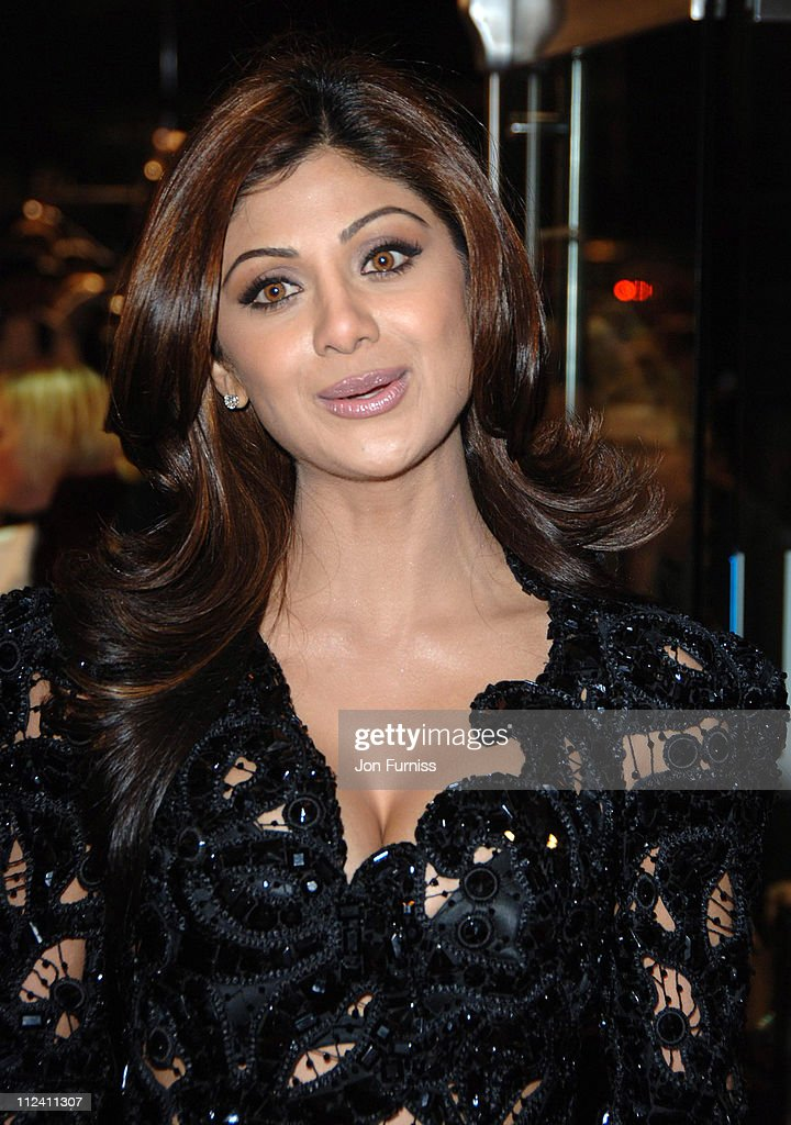Shilpa Shetty during 'Music And Lyrics' London Premiere Inside at Odeon Leicester Square in London United Kingdom