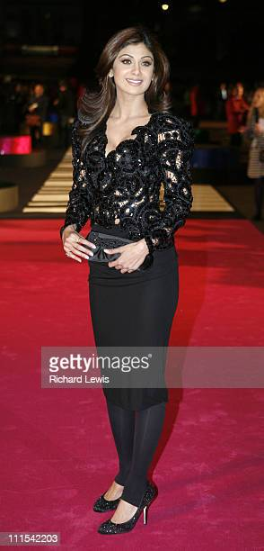 Shilpa Shetty during 'Music And Lyrics' London Premiere Red Carpet Arrivals at Odeon Leicester Square in London Great Britain
