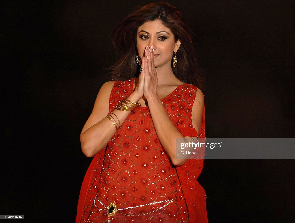 <a gi-track='captionPersonalityLinkClicked' href=/galleries/search?phrase=Shilpa+Shetty&family=editorial&specificpeople=565509 ng-click='$event.stopPropagation()'>Shilpa Shetty</a>, winner during Celebrity Big Brother 2007 - Final Eviction at Elstree Studios in London, Great Britain.