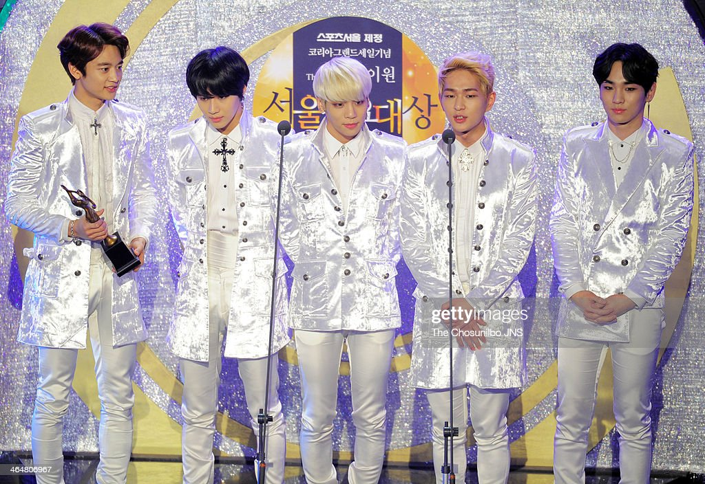 SHINee speak during the 23rd Seoul Music Awards at Jamsil Indoor Stadium on January 23, 2014 in Seoul, South Korea.