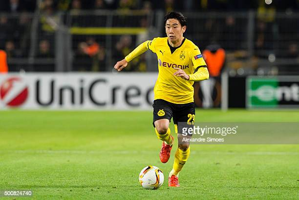 Shinji Kagawa of Borussia Dortmund in action during the UEFA Europa League Group C match between Borussia Dortmund and PAOK FC at Signal Iduna Park...
