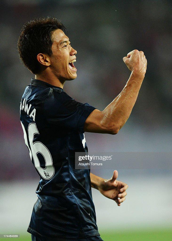 Shinji Kagawa of Manchester United cerebrates his goal during the preseason friendly match between Cerezo Osaka and Manchester United at Nagai...