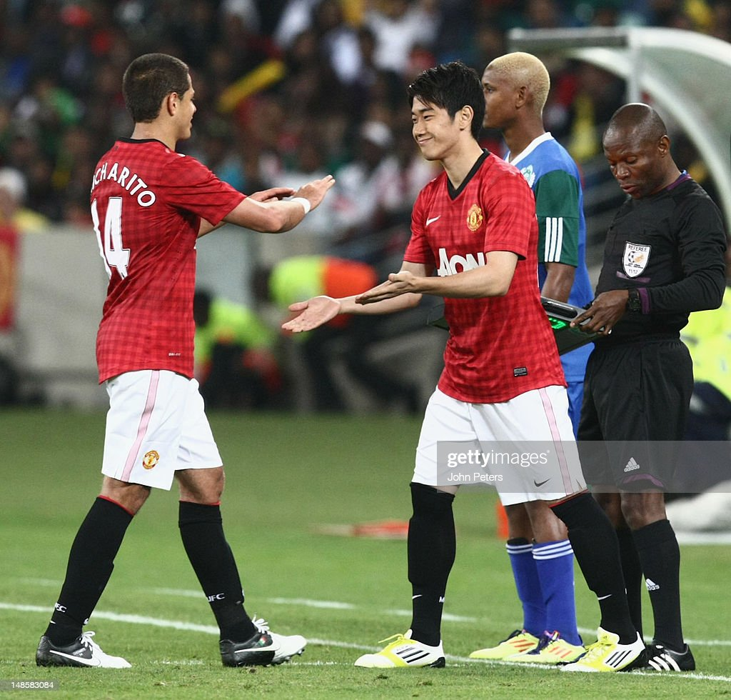<a gi-track='captionPersonalityLinkClicked' href=/galleries/search?phrase=Shinji+Kagawa&family=editorial&specificpeople=4314029 ng-click='$event.stopPropagation()'>Shinji Kagawa</a> of Manchester United comes on to make his Manchester United debut during the pre-season friendly between AmaZulu FC and Manchester United at Moses Mabhida Stadium on July 18, 2012 in Durban, South Africa.