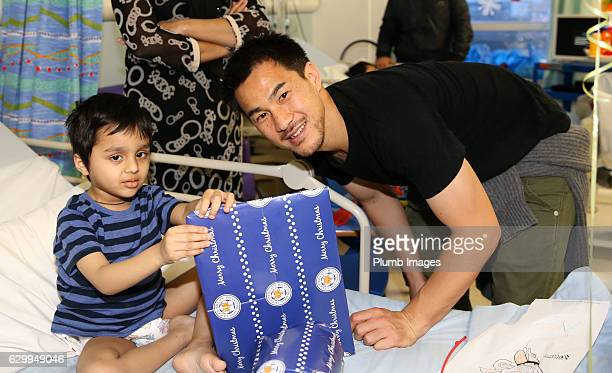 Shinji Okazaki during the Leicester City Players Deliver Christmas Presents to Patients at Leicester Royal Infirmary on December 15 2016 in Leicester...