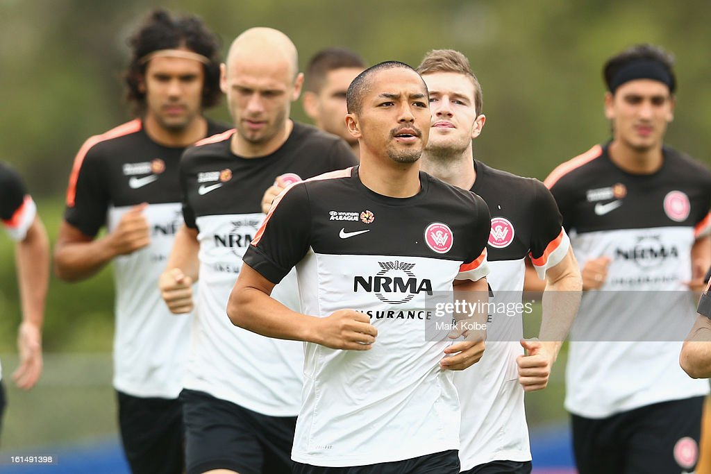 <a gi-track='captionPersonalityLinkClicked' href=/galleries/search?phrase=Shinji+Ono&family=editorial&specificpeople=550970 ng-click='$event.stopPropagation()'>Shinji Ono</a> runs during a Western Sydney Wanderers A-League training session at Blacktown International Sportspark on February 12, 2013 in Sydney, Australia.