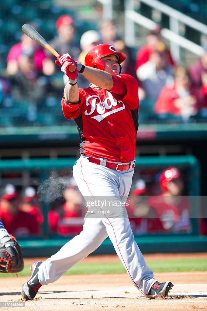 <a gi-track='captionPersonalityLinkClicked' href=/galleries/search?phrase=Shin-Soo+Choo&family=editorial&specificpeople=196543 ng-click='$event.stopPropagation()'>Shin-Soo Choo</a> #17 of the Cincinnati Reds bats during a spring training game against Cleveland Indians at Goodyear Ballpark on February 22, 2013 in Goodyear, Arizona.
