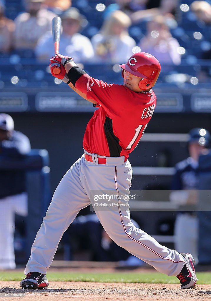 <a gi-track='captionPersonalityLinkClicked' href=/galleries/search?phrase=Shin-Soo+Choo&family=editorial&specificpeople=196543 ng-click='$event.stopPropagation()'>Shin-Soo Choo</a> #17 of the Cincinnati Reds hits a RBI single against the San Diego Padres during the third inning of the spring training game at Peoria Stadium on February 26, 2013 in Peoria, Arizona.