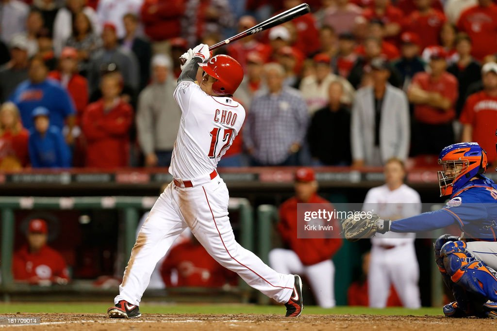 <a gi-track='captionPersonalityLinkClicked' href=/galleries/search?phrase=Shin-Soo+Choo&family=editorial&specificpeople=196543 ng-click='$event.stopPropagation()'>Shin-Soo Choo</a> #17 of the Cincinnati Reds hits a walk-off double to defeat the New York Mets 3-2 in 10 innings at Great American Ball Park on September 23, 2013 in Cincinnati, Ohio.