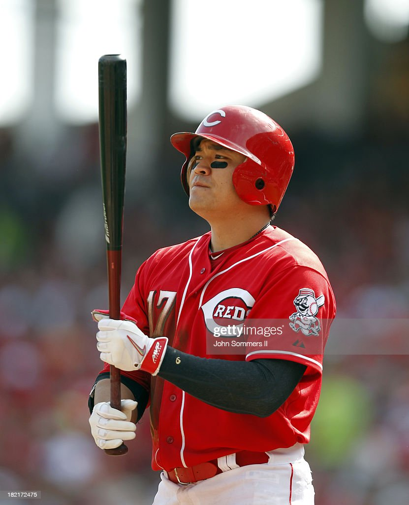 <a gi-track='captionPersonalityLinkClicked' href=/galleries/search?phrase=Shin-Soo+Choo&family=editorial&specificpeople=196543 ng-click='$event.stopPropagation()'>Shin-Soo Choo</a> #17 of the Cincinnati Reds reacts after striking out during the game against the Pittsburgh Pirates at Great American Ball Park on September 28, 2013 in Cincinnati, Ohio.