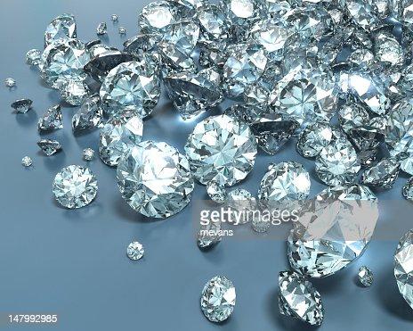Shiny diamonds in various sizes