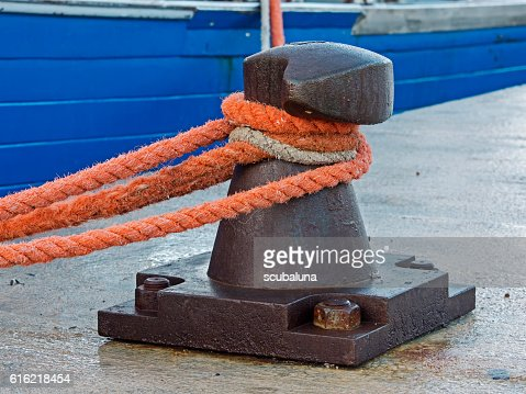 Ship bollard, Poller für Schiffe : Stock Photo