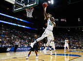 J Shipes of the Georgia State Panthers blocks the shot of Royce O'Neale of the Baylor Bears in the first half during the second round of the 2015...