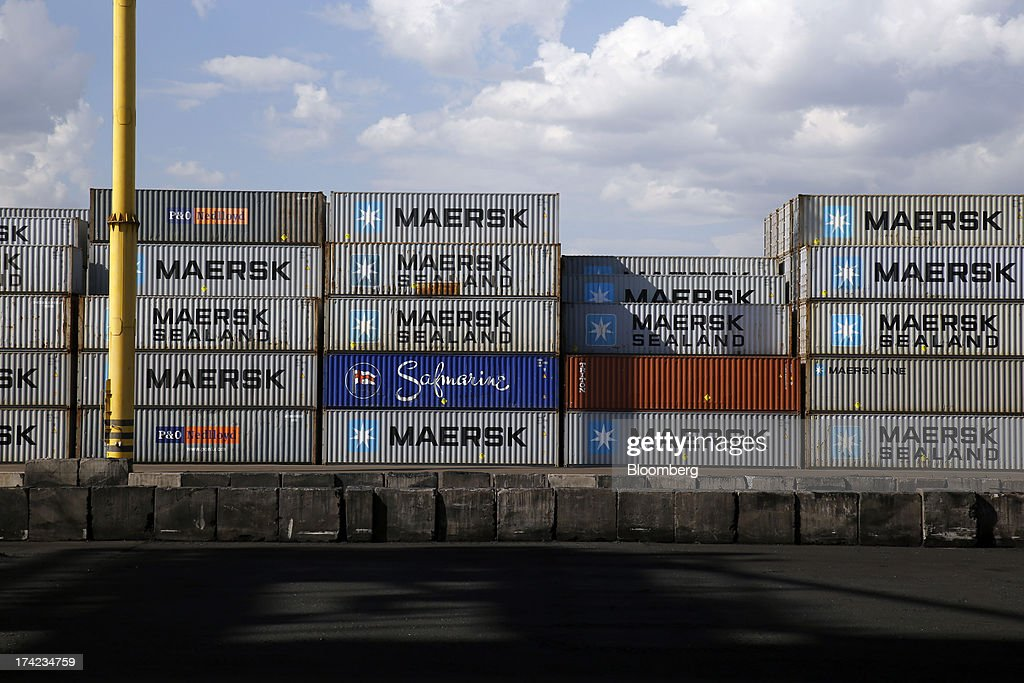 Shipping containers with AP Moeller-Maersk A/S branding stand on the dock side in Yuzhny port, operated by TIS Group, near Odessa, Ukraine, on Friday, July 19, 2013. Ukraine wants to cut current-account deficit to 3%-4% of GDP in medium term, central bank official Serhiy Nikolaychuk tells reporters in Kiev. Photographer: Vincent Mundy/Bloomberg via Getty Images