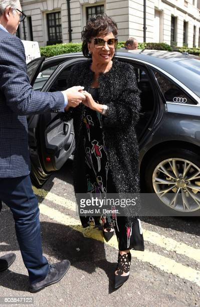 Shirley Bassey arrives in an Audi at the Nordoff Robbins at Grosvenor House Hotel on June 30 2017 in London United Kingdom