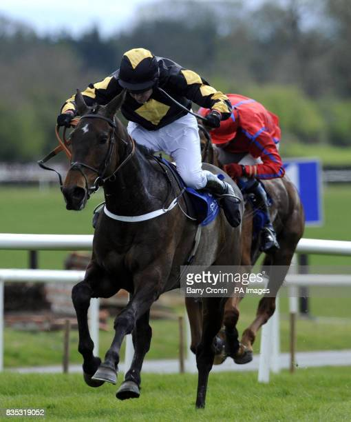 Shirley Casper ridden by Barry Geraghty go on to win the Irish Stallion Farms Ebf Mares Novice Hurdle Championship Final at Fairyhouse Racecourse...