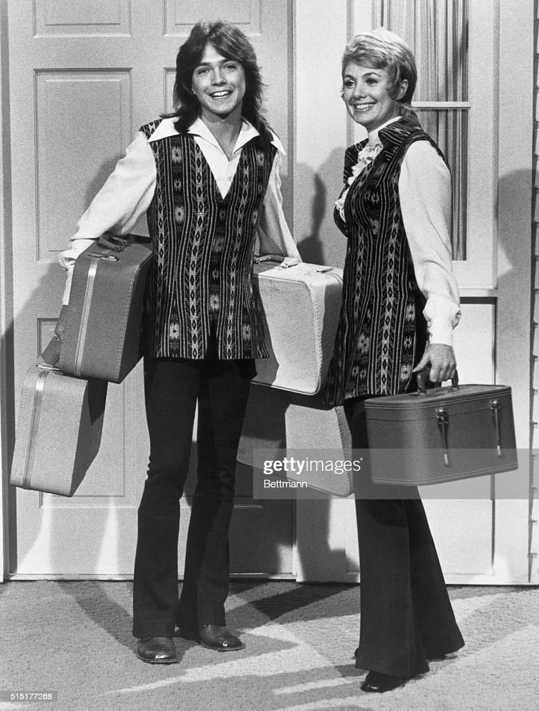 Shirley Jones and David Cassidy have arrived bag and baggage and settled down with the rest of 'The Partridge Family.' Undated photograph. BPA2# 5226