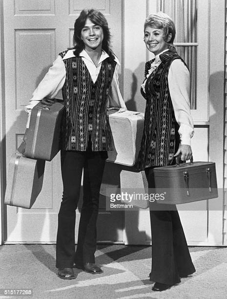 Shirley Jones and David Cassidy have arrived bag and baggage and settled down with the rest of 'The Partridge Family' Undated photograph BPA2# 5226