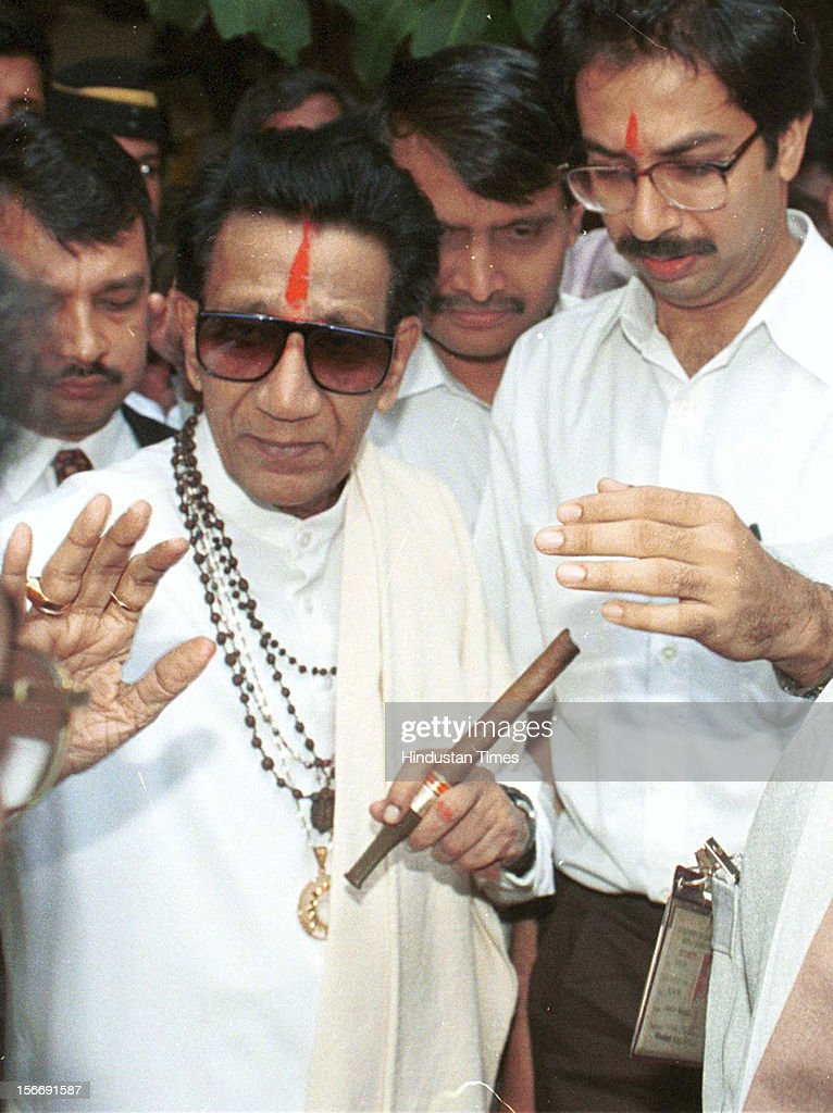 Shiv sena chief Balasaheb Thackeray and son <a gi-track='captionPersonalityLinkClicked' href=/galleries/search?phrase=Uddhav+Thackeray&family=editorial&specificpeople=4252113 ng-click='$event.stopPropagation()'>Uddhav Thackeray</a> on January 28, 2002 in Mumbai, India.