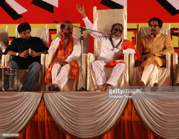 Shivsena chief Balasaheb Thackeray waves to the crowd during Shivsena's Dussehra rally at Shivaji Park