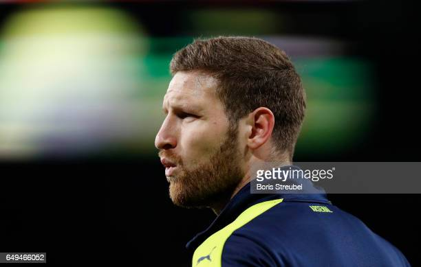 Shkodran Mustafi of Arsenal looks on prior to the UEFA Champions League Round of 16 second leg match between Arsenal FC and FC Bayern Muenchen at...