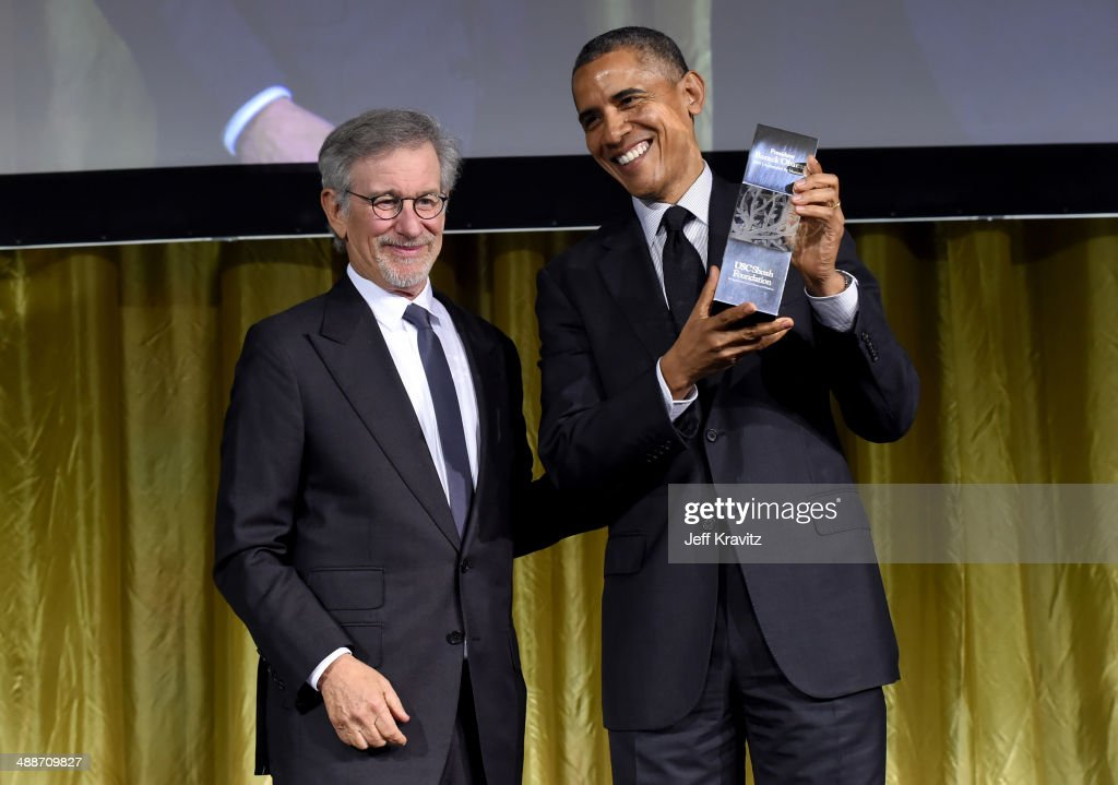 Shoah Foundation Honorary Chair <a gi-track='captionPersonalityLinkClicked' href=/galleries/search?phrase=Steven+Spielberg&family=editorial&specificpeople=202022 ng-click='$event.stopPropagation()'>Steven Spielberg</a> (L) and U.S. President <a gi-track='captionPersonalityLinkClicked' href=/galleries/search?phrase=Barack+Obama&family=editorial&specificpeople=203260 ng-click='$event.stopPropagation()'>Barack Obama</a>, recipient of USC Shoah Foundation's Ambassadors for Humanity Award, pose onstage at USC Shoah Foundation's 20th Anniversary Gala at the Hyatt Regency Century Plaza on May 7, 2014 in Century City, California.