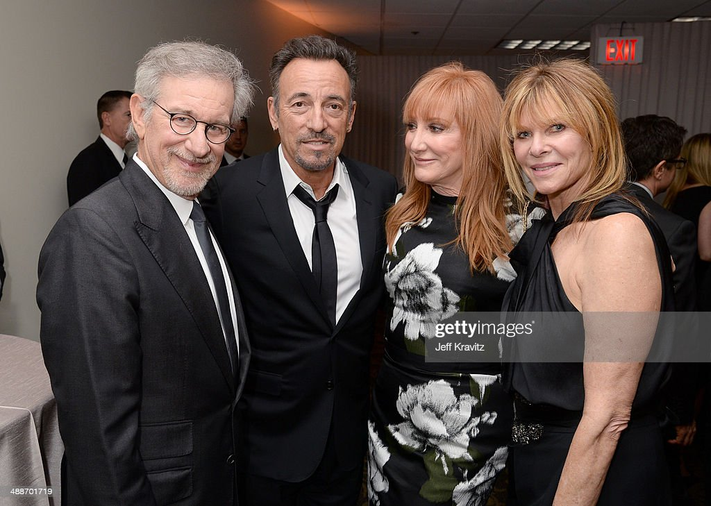 USC Shoah Foundation Honorary Chair Steven Spielberg, musicians Bruce Springsteen and Patti Scialfa, and actress Kate Capshaw attend USC Shoah Foundation's 20th Anniversary Gala at the Hyatt Regency Century Plaza on May 7, 2014 in Century City, California.