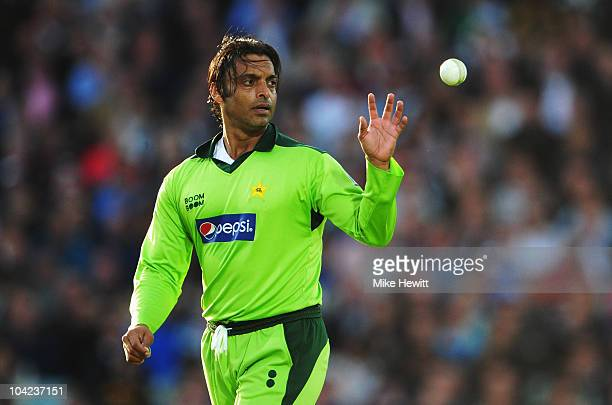 Shoaib Akhtar of Pakistan catches the ball during the 3rd NatWest One Day International between England and Pakistan at The Brit Insurance Oval on...