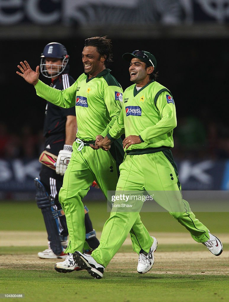 <a gi-track='captionPersonalityLinkClicked' href=/galleries/search?phrase=Shoaib+Akhtar&family=editorial&specificpeople=176576 ng-click='$event.stopPropagation()'>Shoaib Akhtar</a> of Pakistan celebrates the wicket of <a gi-track='captionPersonalityLinkClicked' href=/galleries/search?phrase=Andrew+Strauss&family=editorial&specificpeople=157548 ng-click='$event.stopPropagation()'>Andrew Strauss</a> of England with <a gi-track='captionPersonalityLinkClicked' href=/galleries/search?phrase=Mohammad+Hafeez&family=editorial&specificpeople=2237440 ng-click='$event.stopPropagation()'>Mohammad Hafeez</a> (R) during the 4th NatWest One Day International between England and Pakistan at Lord's on September 20, 2010 in London, England.