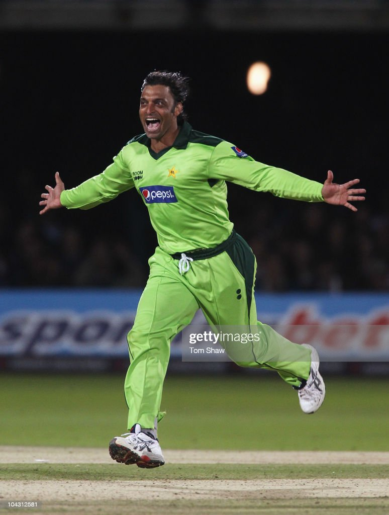 <a gi-track='captionPersonalityLinkClicked' href=/galleries/search?phrase=Shoaib+Akhtar&family=editorial&specificpeople=176576 ng-click='$event.stopPropagation()'>Shoaib Akhtar</a> of Pakistan celebrates the wicket of Michael Yardy of England during the 4th NatWest One Day International between England and Pakistan at Lord's on September 20, 2010 in London, England.