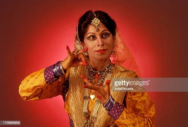 Shobhna Narayan is famous Kathak dancer from India