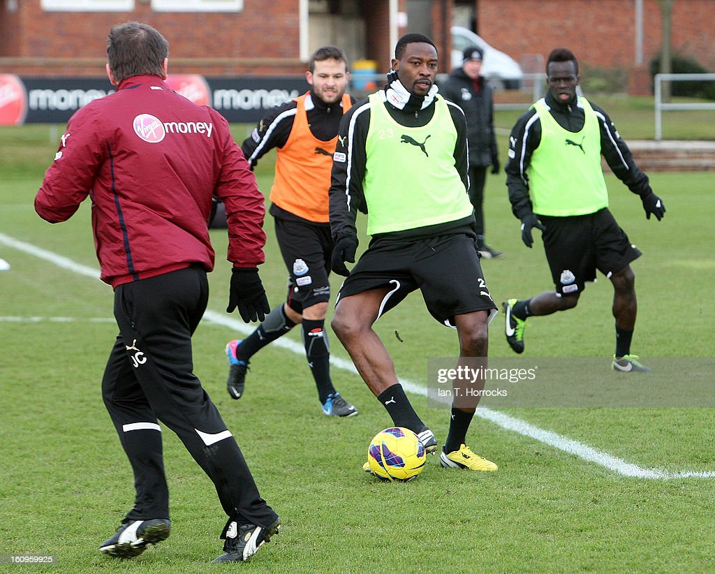 <a gi-track='captionPersonalityLinkClicked' href=/galleries/search?phrase=Shola+Ameobi&family=editorial&specificpeople=211410 ng-click='$event.stopPropagation()'>Shola Ameobi</a> during a Newcastle United training session at the Little Benton training ground on February 08, 2013 in Newcastle upon Tyne, England.