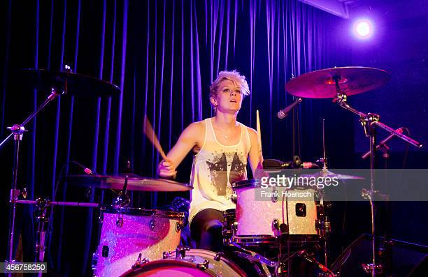 Shona McVicar of Honeyblood performs live during a concert at the Berghain Kantine on October 6 2014 in Berlin Germany