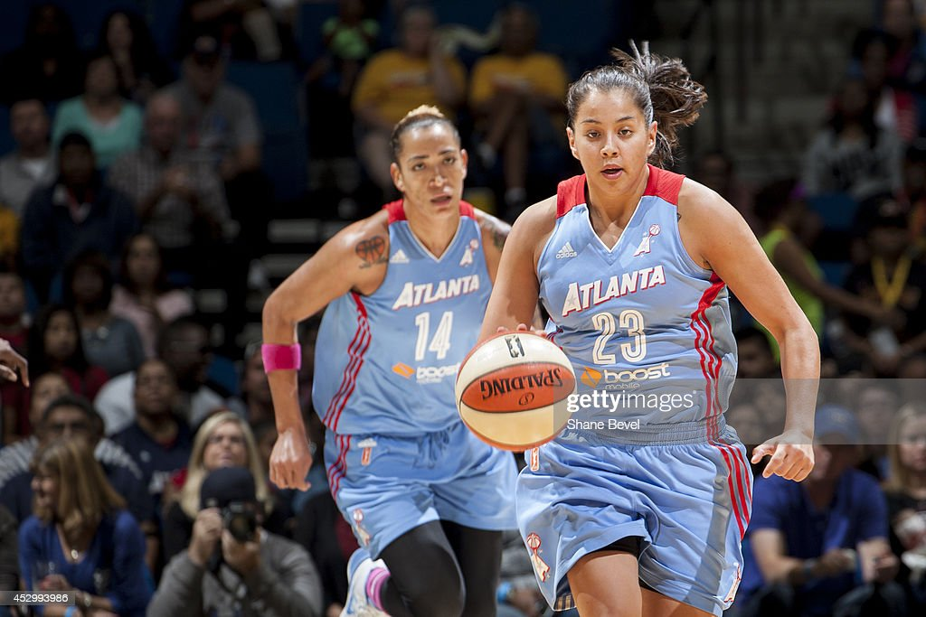 Shoni Schimmel #23 of the Atlanta Dream moves the ball up-court against the Tulsa Shock during the WNBA game on July 31, 2014 at the BOK Center in Tulsa, Oklahoma.