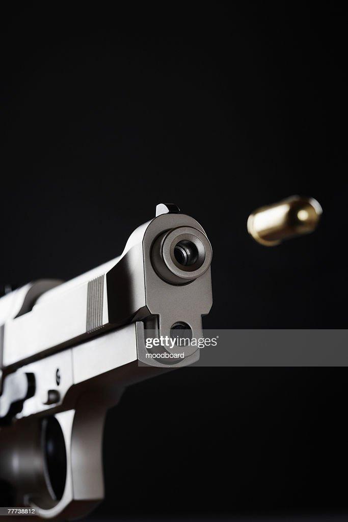 Shooting Handgun