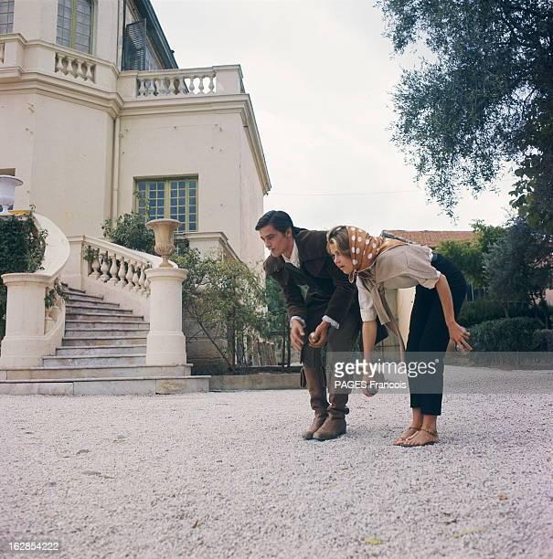 Shooting Of The Film 'La Tulipe Noire' By ChristianJaque In Nice Jane Fonda Visits Alain Delon Jane FONDA en repérage sur la Côte d'Azur pour...