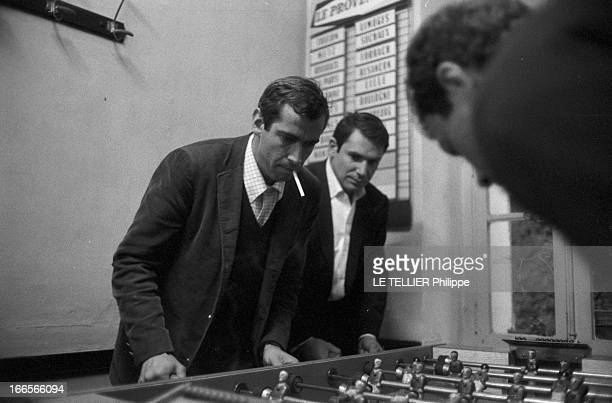 Shooting Of The Film 'Les Grands Chemins' By Christian Marquand Tournage du film 'Les Grand Chemins' réalisé par Christian MARQUAND en 1962 Ce film...