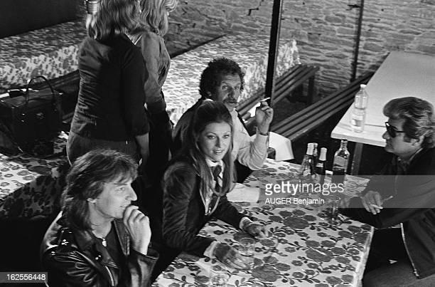 Shooting Of The Film ' L'Hotel De La Plage' By Michel Lang Hugues AUFRAY SHEILA Mort SHUMAN et Eddy MITCHELL interprètent la musique écrite par Mort...