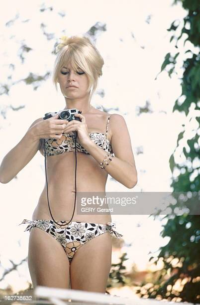 Shooting Of The Film 'Viva Maria' By Louis Malle In Mexico Rendezvous With Brigitte Bardot Jour de repos pour Brigitte BARDOT au Mexique pour le...