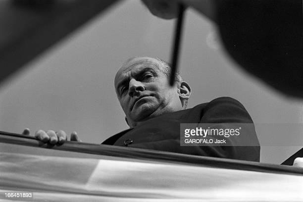 Shooting Of The Film'Le Petit Baigneur' By Robert Dhery France novembre 1967 lors du tournage du film 'Le Petit Baigneur' du réalisateur Robert Dhéry...