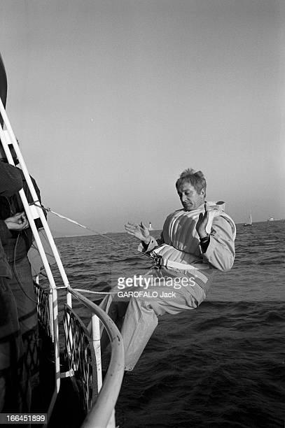 Shooting Of The Film'Le Petit Baigneur' By Robert Dhery France novembre 1967 lors du tournage du film 'Le Petit Baigneur' du réalisateur Robert DHERY...