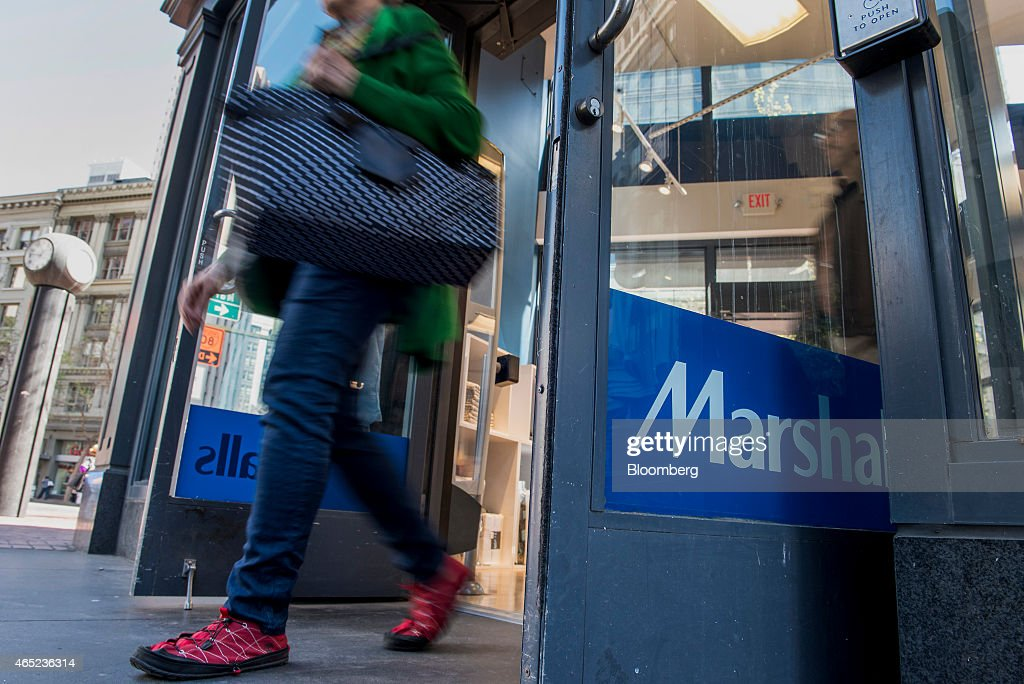 A shopper exits a Marshalls Plc store in San Francisco California US on Tuesday March 3 2015 The Bloomberg Consumer Comfort Index a survey which is...