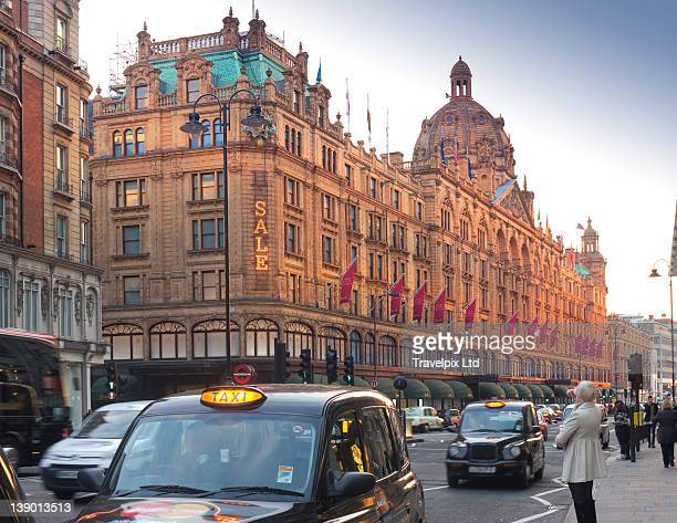 Shoppers and taxi cabs, Knightsbridge, London