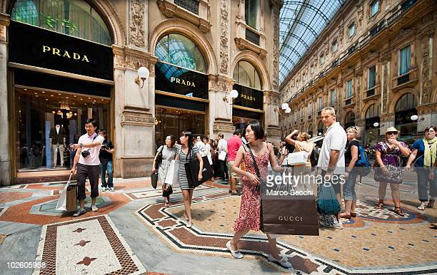 Shoppers on the first day of the Summer Sales in the elegant Galleria Vittorio Emanuele in the centre of Milan on July 3 2010 in Milan Italy Milan's...