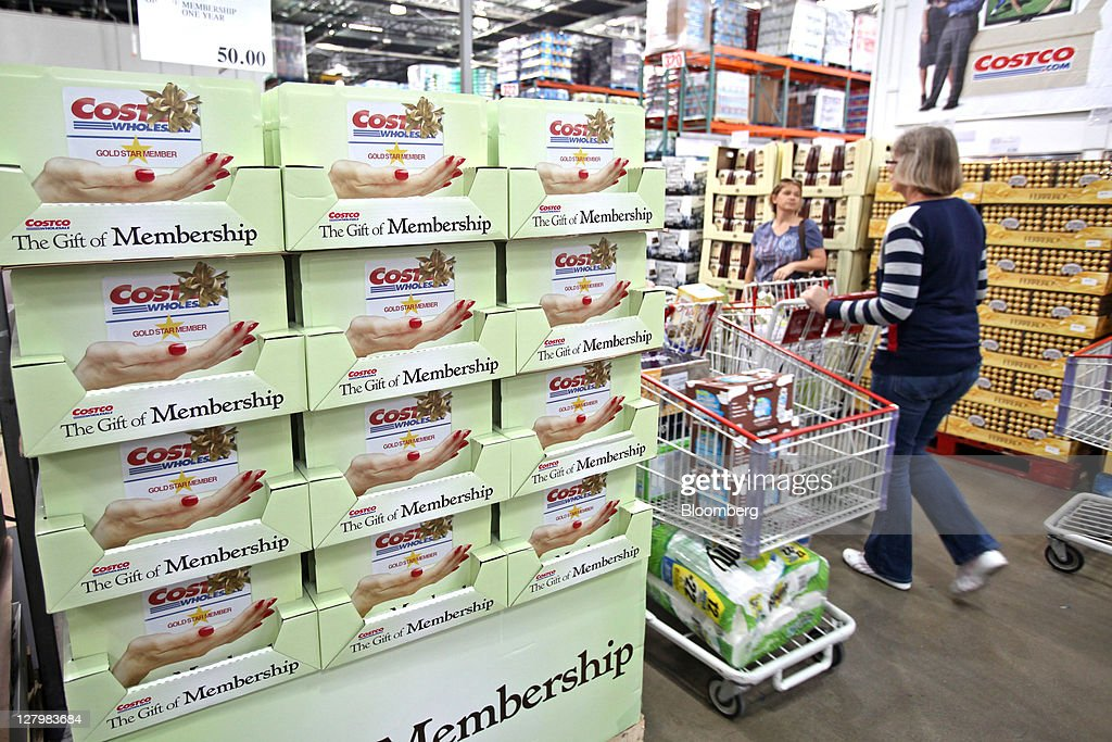 costco wholesale corp Costco wholesale corporation, trading as costco, is an american multinational  corporation which operates a chain of membership-only warehouse clubs as of.
