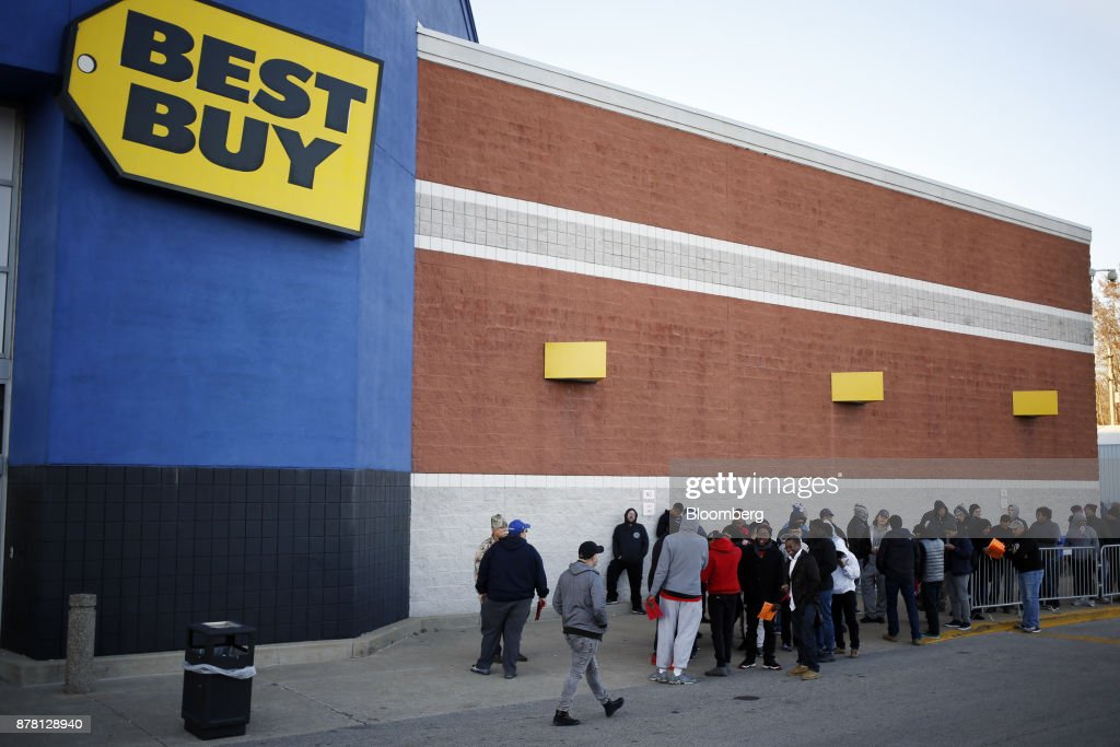 Shoppers Inside A Best Buy Co. Store For Black Friday Sales