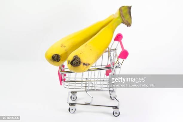 Shopping cart with bananas