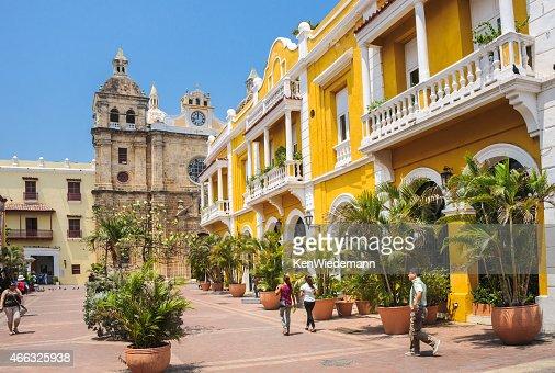 Shopping Colorful Cartagena