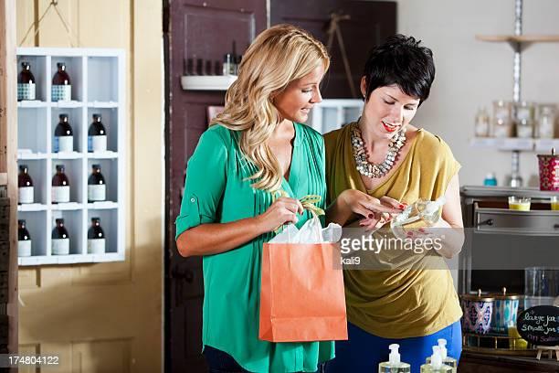 Shopping pour produits de beauté